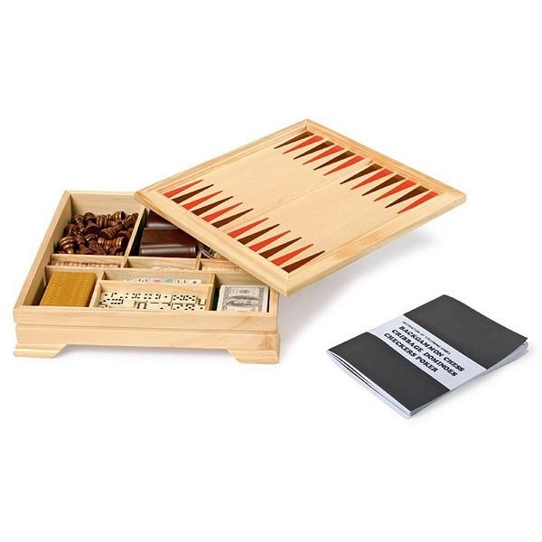 coffret de jeux de soci t en bois small foot. Black Bedroom Furniture Sets. Home Design Ideas